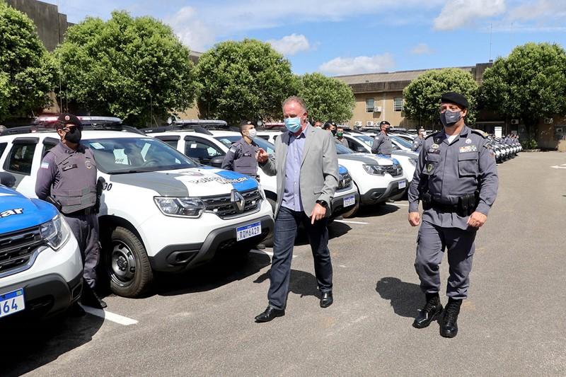 Governo do Estado entrega 124 novas viaturas à Polícia Militar