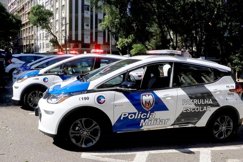 Governo do Estado inicia utilização de carros elétricos
