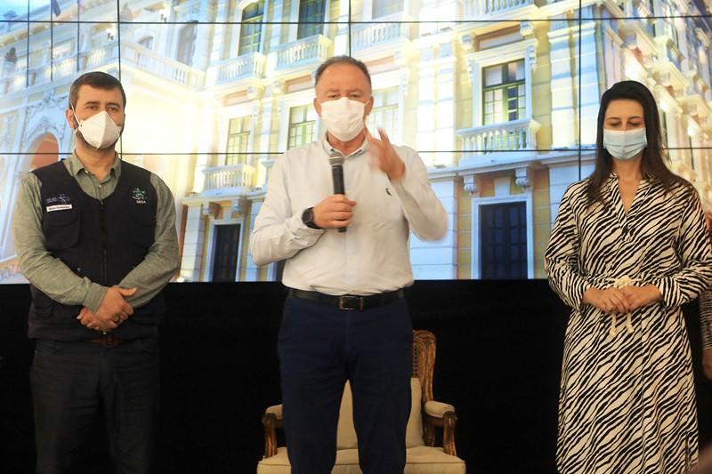 Estado inicia vacinação dos trabalhadores da assistência social e do Conselho Tutelar