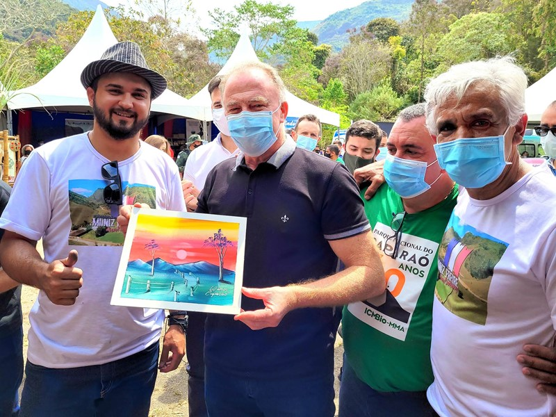 Casagrande participa das comemorações dos 60 anos do Parque Nacional do Caparaó