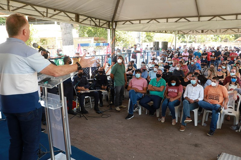 Governo do Estado anuncia reforma e ampliação de escola na Serra
