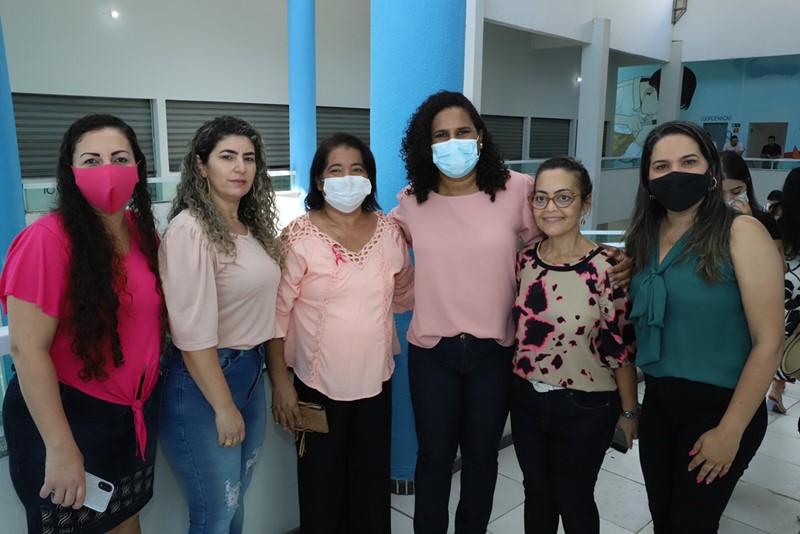 Vice-governadora assina termo de adesão do 'Agenda Mulher' em Marataízes