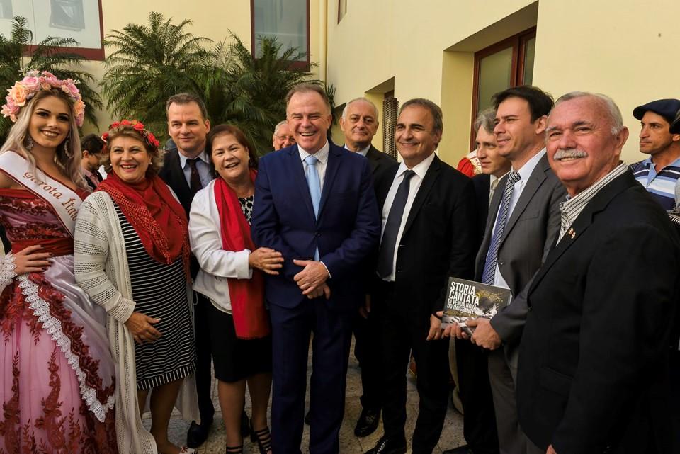 Palácio Anchieta recebe comitiva da Embaixada da Itália no Brasil