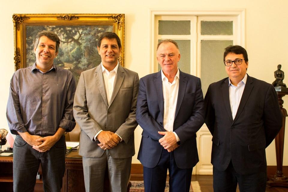 Amarildo Casagrande, natural de Alegre, é indicado por governador à presidência do Banestes