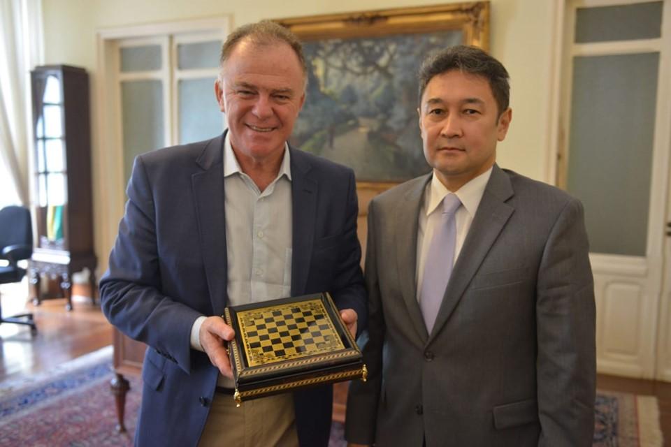 Embaixador do Cazaquistão visita o Espírito Santo