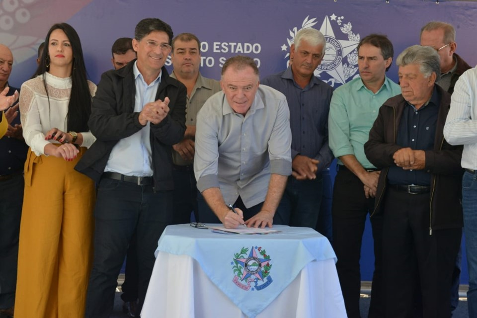 Obras de pavimentação entre Divino de São Lourenço e Guaçuí ficam prontas em sete meses